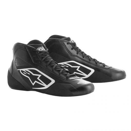 Alpinestars schoenen voor kartsport tech 1 K start zwart wit is een basic trendy kartschoen. Ideaal voor de hobbyrijder. Diverse kleuren beschikbaar.