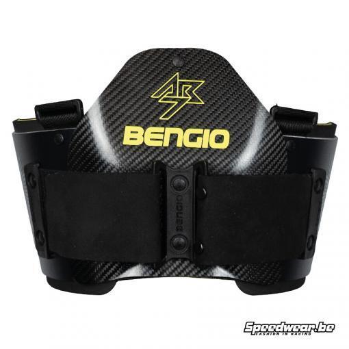 Bengio AB7 ribprotector FIA 8870-2018 keuring_Voorzijde